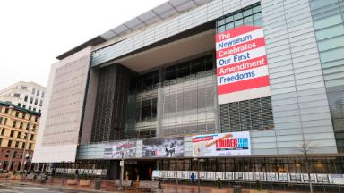 The Newseum is selling 'Fake News' T-shirts