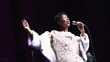 Reliable Sources: 'Pre-mourning' Aretha Franklin; NYMag on the block?