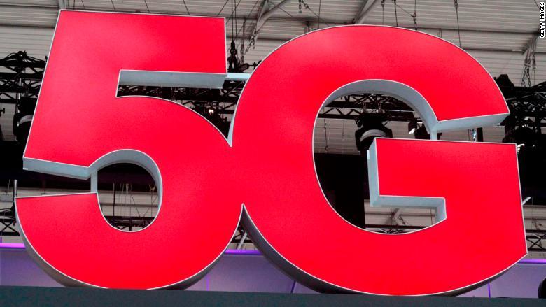 Verizon's 5G sales pitch: Free TV