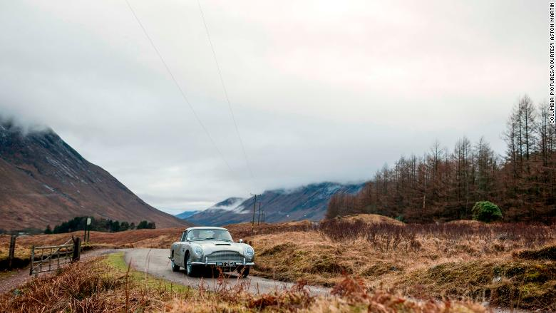 Aston Martin will build 25 'Goldfinger' DB5s… for £3.3m