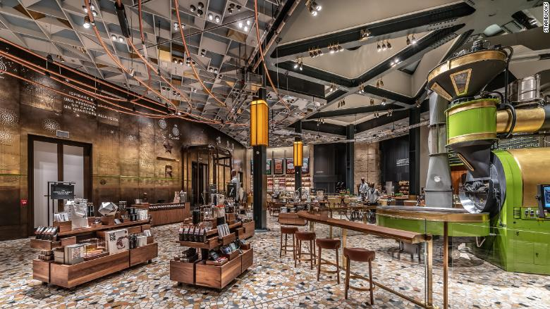 Grande opening: Milan gets Italy's first Starbucks