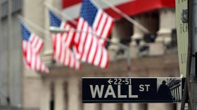 Wall Street pay is the highest since the financial crisis