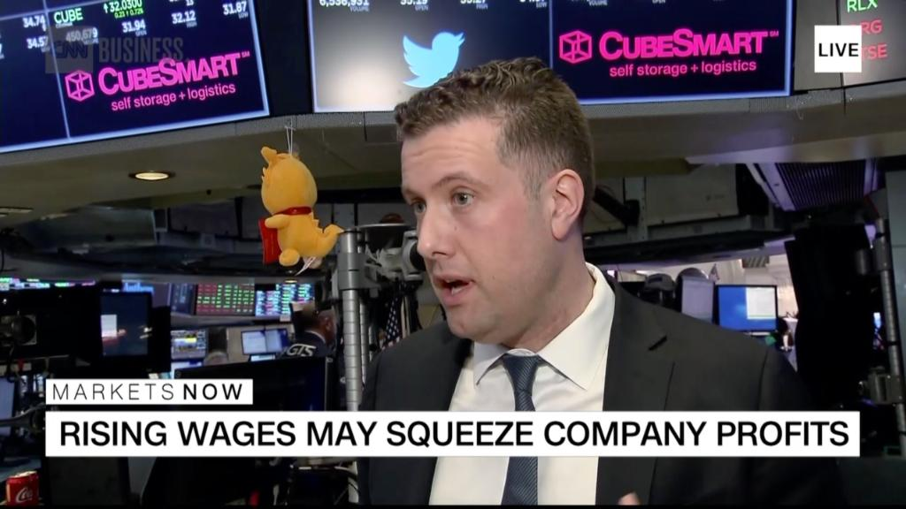Strategist: Tech sector could outperform as growth slows