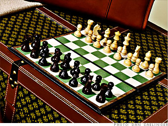 Chessmate TravelMate's Deluxe Chess Set