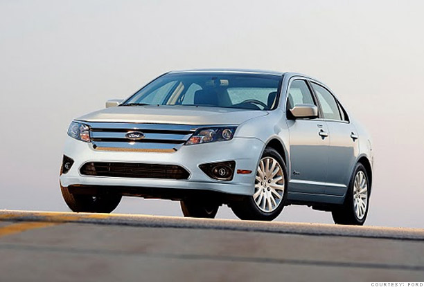 Family Car Ford Fusion Hybrid