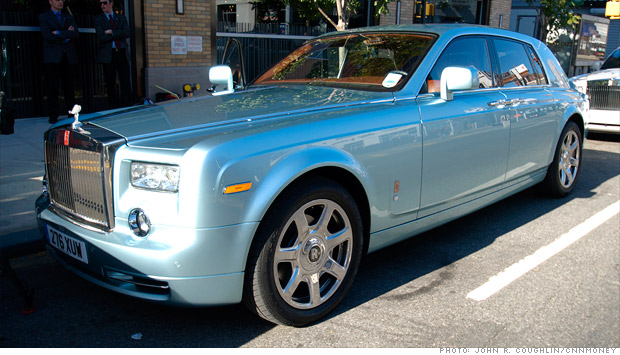driving the one-and-only electric rolls-royce - going green (1