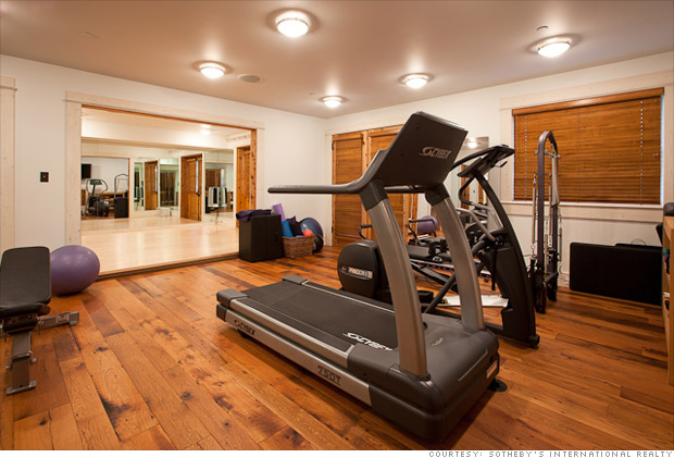Jerry seinfeld selling colorado mansion for 18 million for Ceresio 7 gym spa