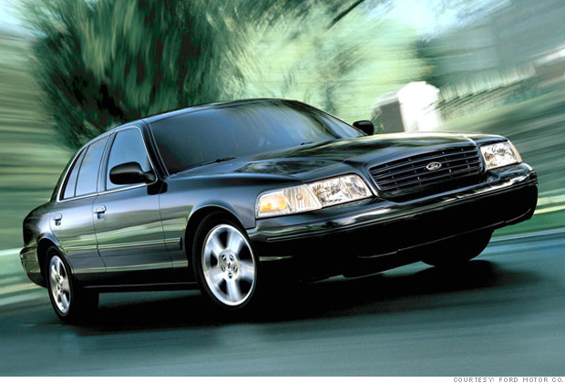 best used cars for under  8 000 - 9 - 2004 ford crown victoria  9