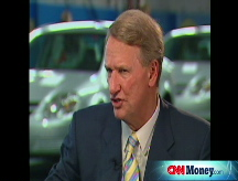 GM's Wagoner: Volt on schedule